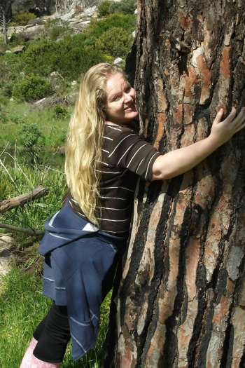Cherie Roe Dirksen - Official Tree Hugger