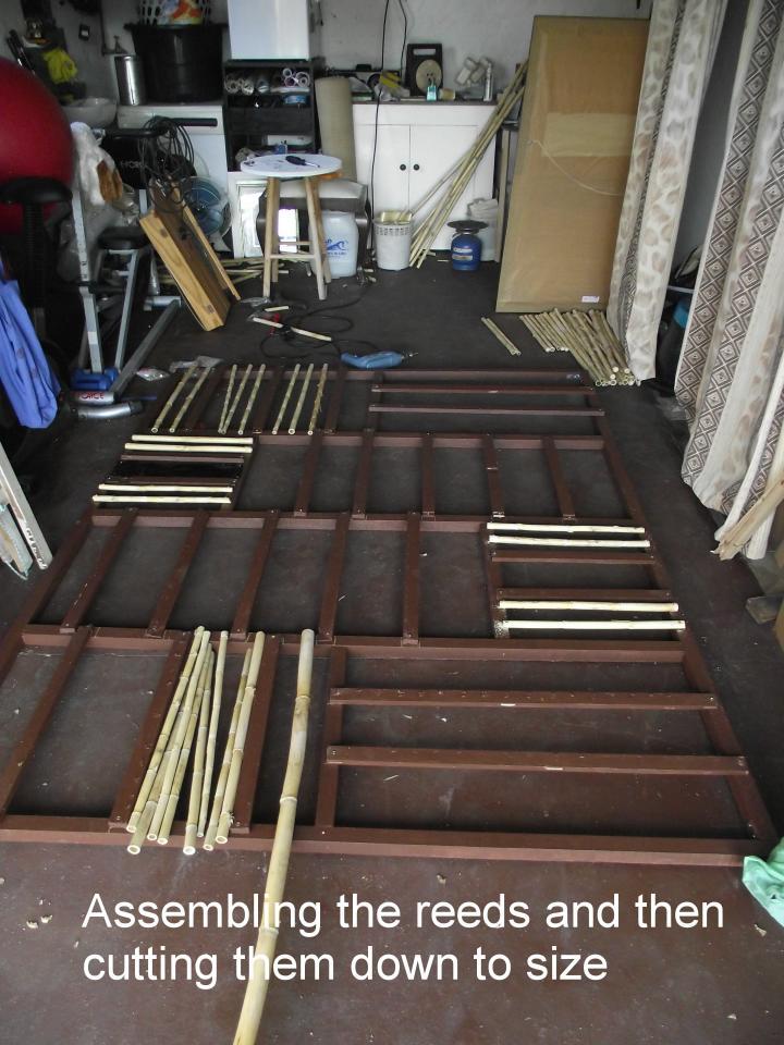 Assembling reeds